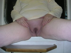 Maneva intim escort in Ahnatal, HE